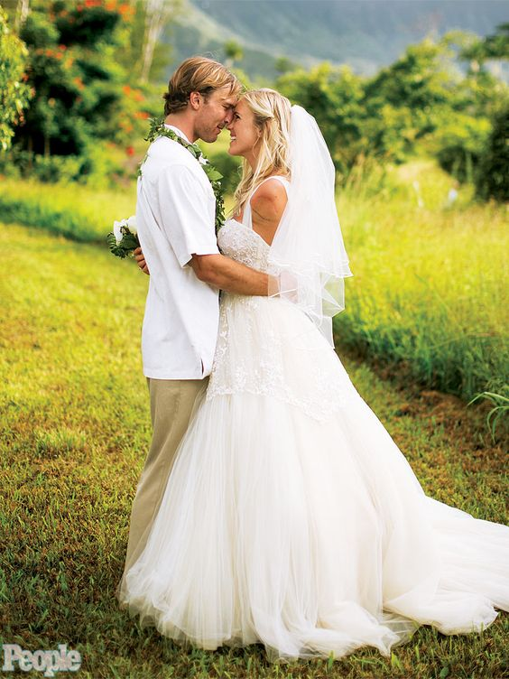 Photo credit: People Magazine Dress: Mon Amie Bridal