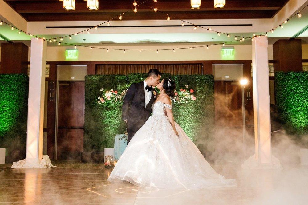 Disney-California-Adventure-Wedding (11).jpg