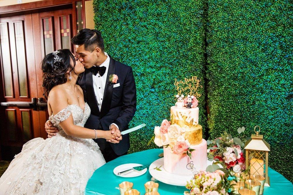 Disney-California-Adventure-Wedding (13).jpg