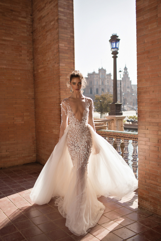 World-Exclusive-The-Sparkling-Berta-Fall-2018-Seville-Collection-34-555x832.jpg