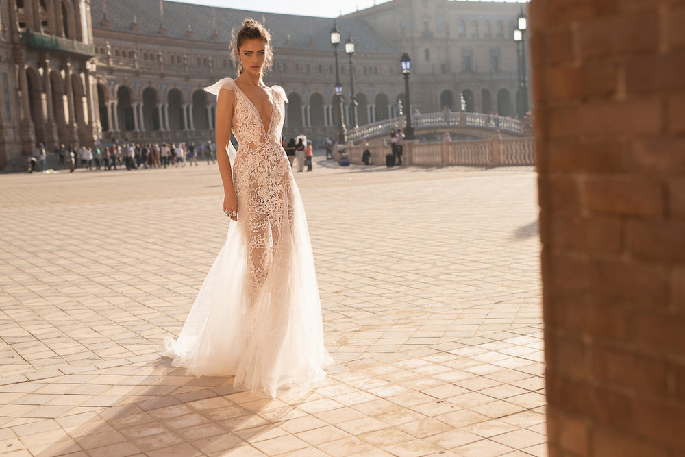 World-Exclusive-The-Sparkling-Berta-Fall-2018-Seville-Collection-1.jpg
