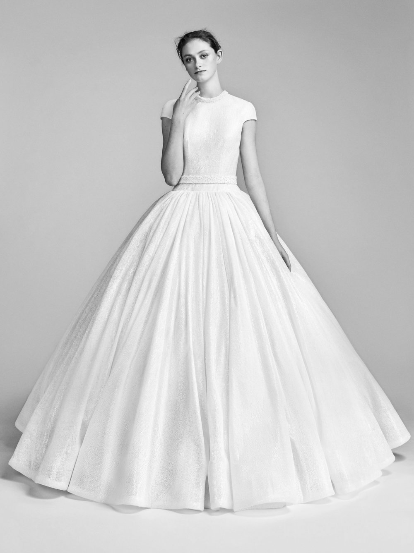 09-viktor-rolf-spring-18-bridal.jpg