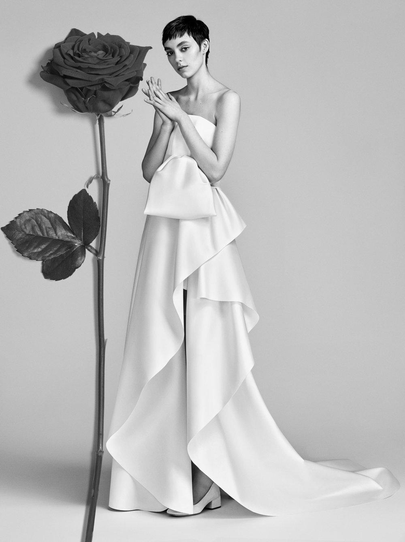 12-viktor-rolf-spring-18-bridal.jpg