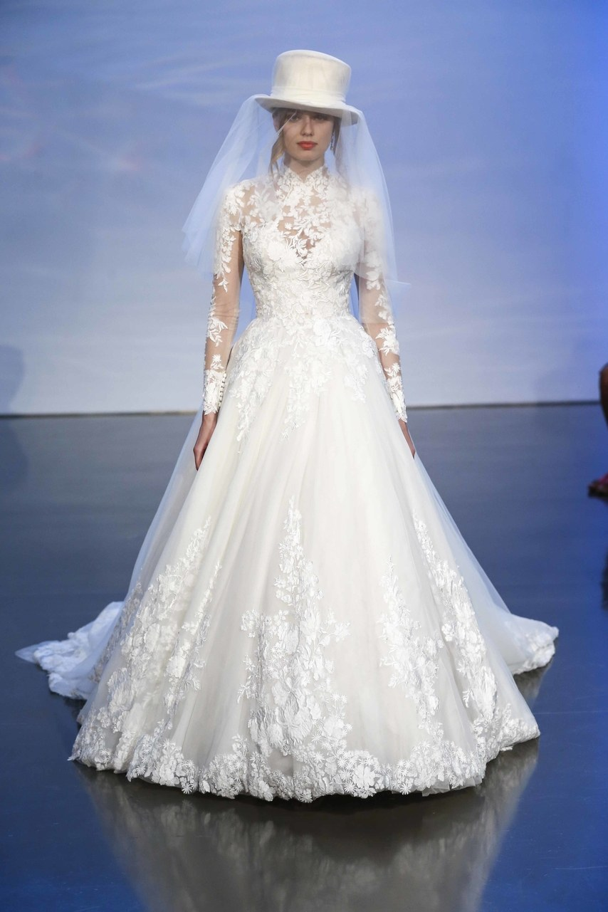 justin-alexander-wedding-dresses-fall-2019-020.jpg