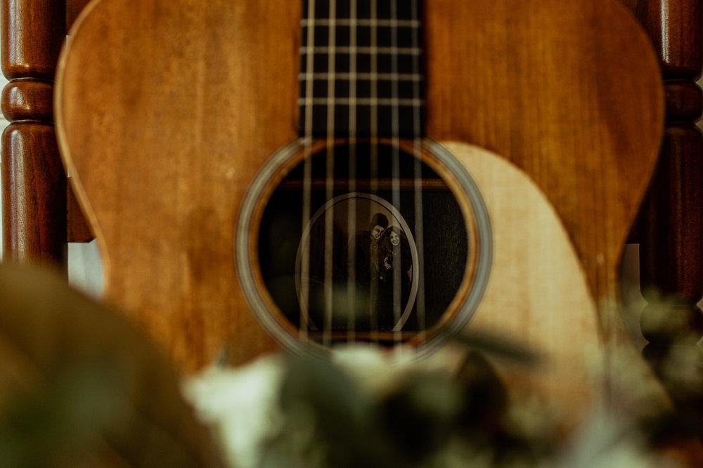 grooms guitar nashville airbnb wedding