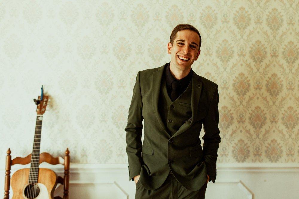 groom portrait nashville airbnb wedding the gifford collective