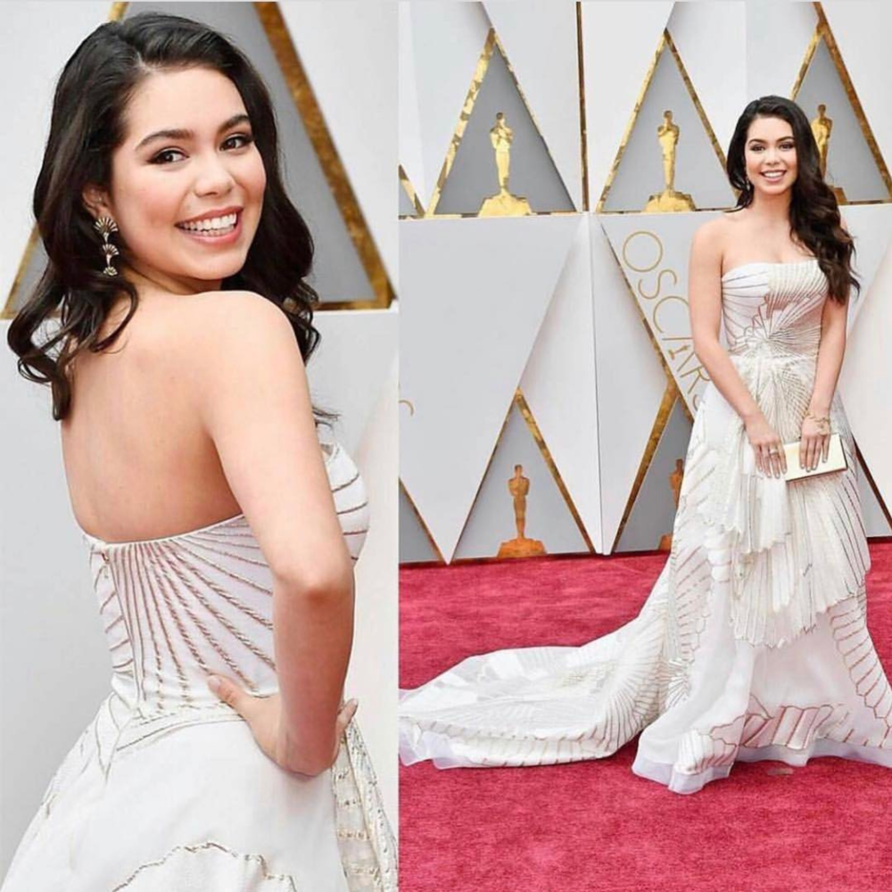 Celebrity makeup artist Kelly Shew used No.1 Lisa Cashmere-On lip pot for Auli'i Cravalho perfect look in the Oscar, Academy Award.  @kellyshewmakeup