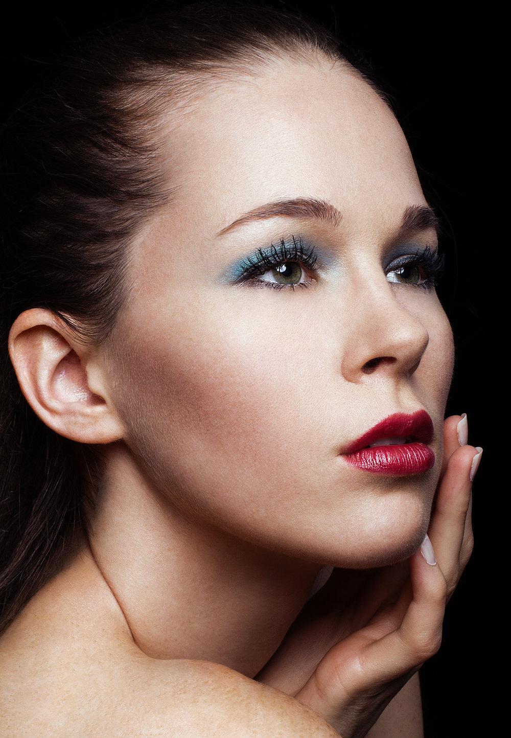 Heather Beauty Shoot-1-Recovered.jpg