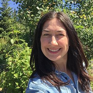Amy Warzinik:  Auction Coordination | Snowden, WA