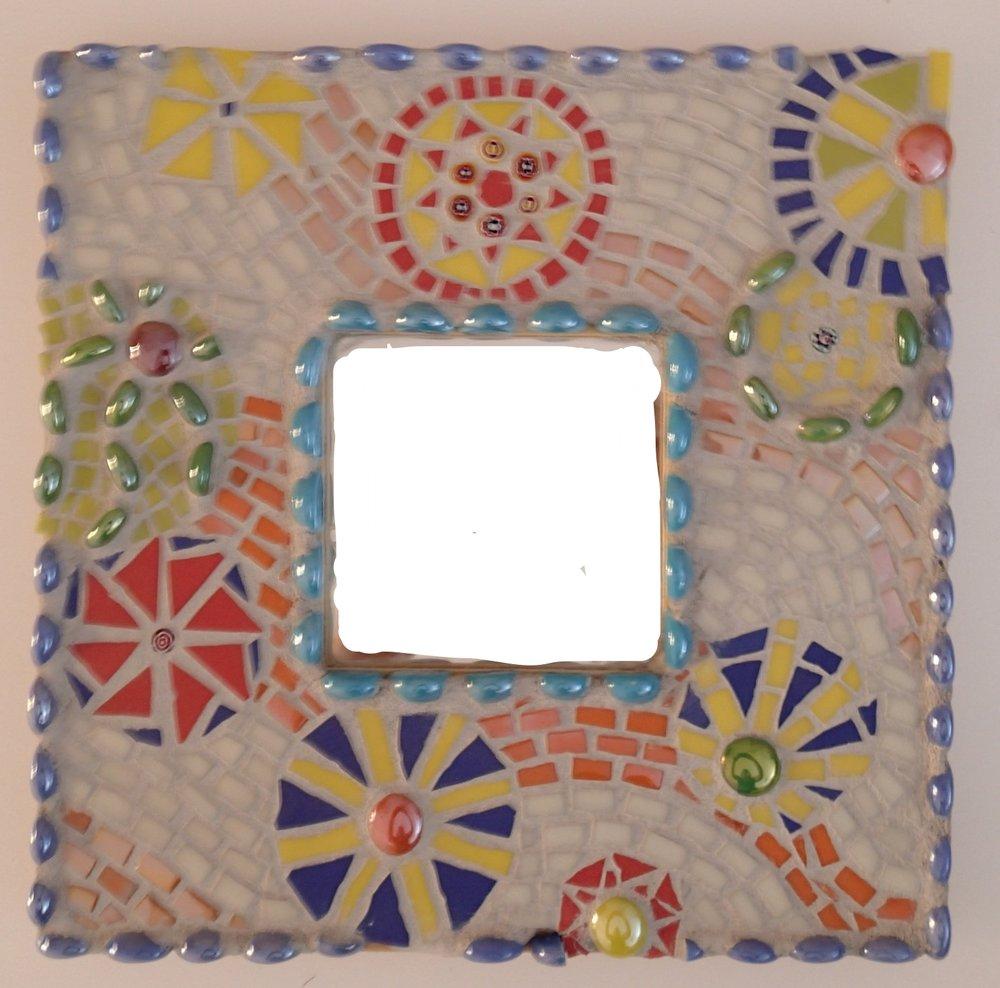 mosaic_mirror_frame.jpg