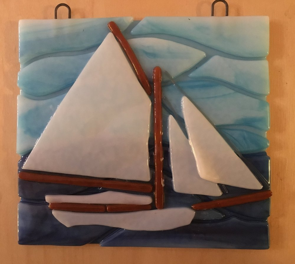 tack_fused_glass_sailboat.jpg
