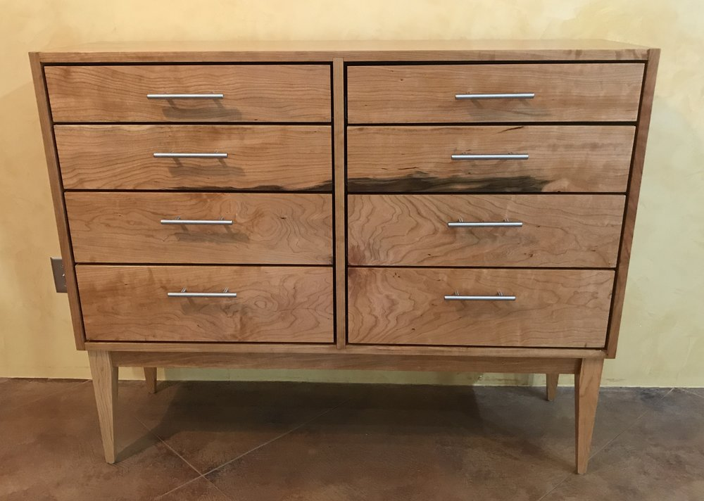 - A dresser is a very functional bedroom piece that has needed some dimensional adjustments for some time.  Standard dresser dimensions are 60