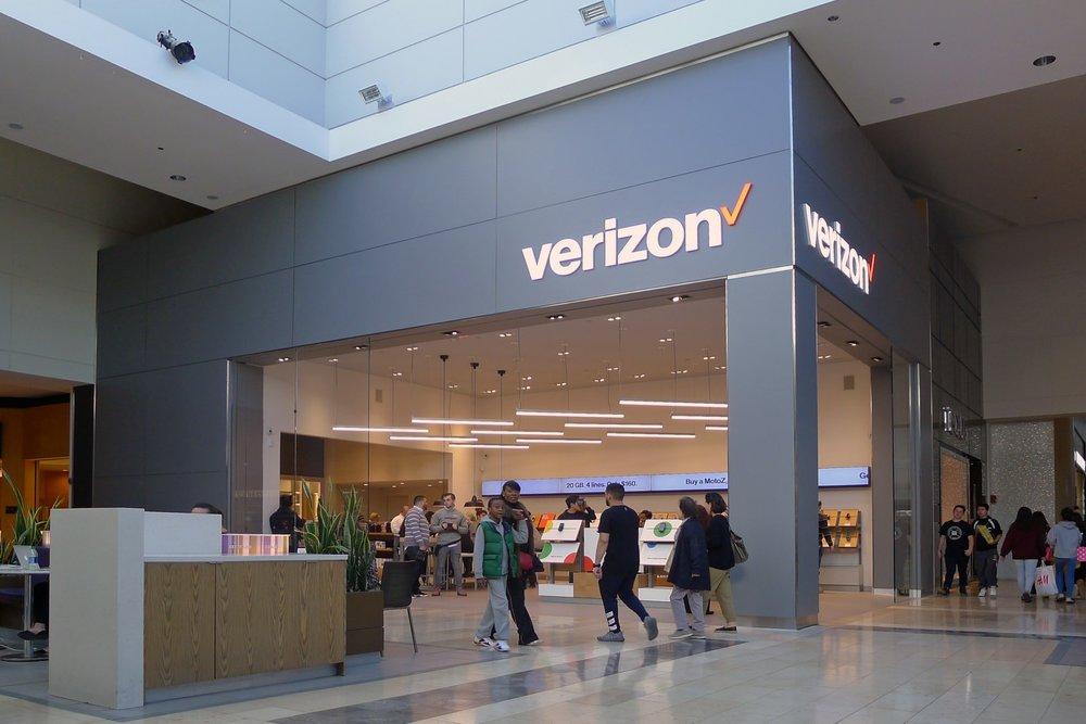 Verizon Next-Gen Concept - Garden State Plaza