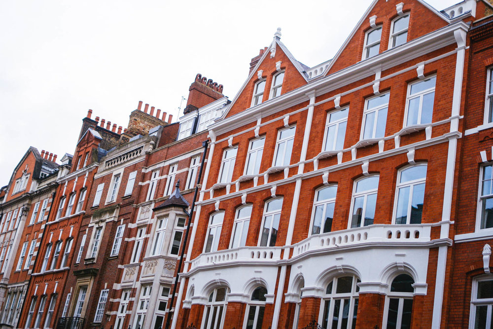 Marylebone- Brick townhomes and apartments that used to be mansions. I mean, how amazing would it be to live in one of these gorgeous homes?