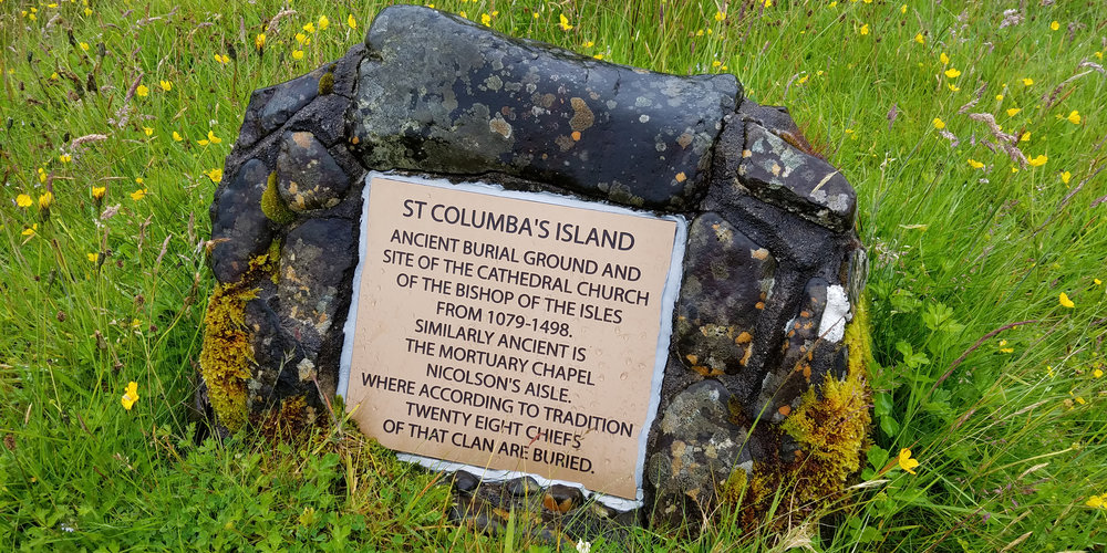 Saint Columba's Isle Plaque Stone.jpg