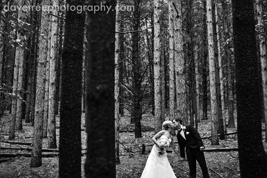 glen_arbor_wedding_photographers_bay_mountain_wedding_photographers_the_homestead_wedding_13