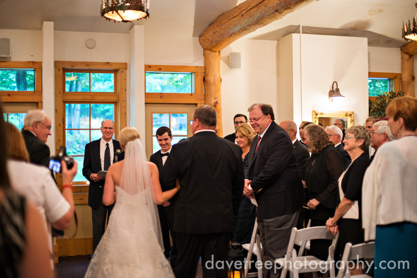 glen_arbor_wedding_photographers_bay_mountain_wedding_photographers_the_homestead_wedding_15