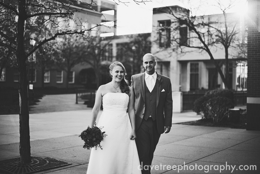 kalamazoo_wedding_photographers_rose_street_market_wedding_17
