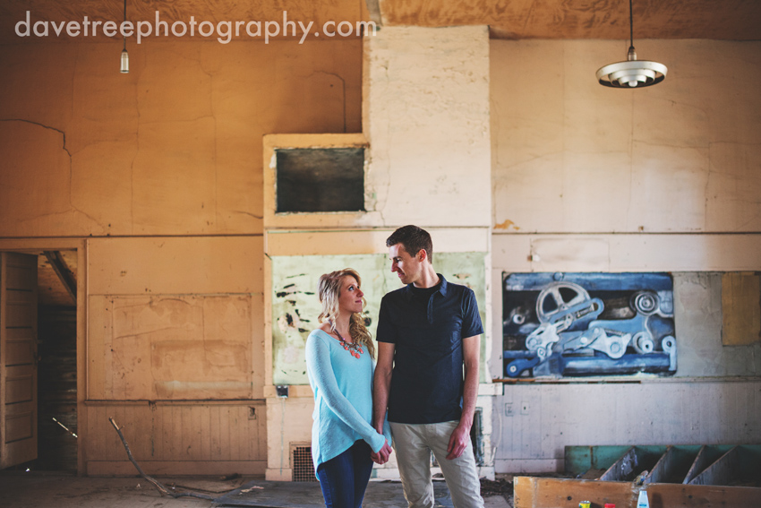 grand_rapids_photographers_engagement_session_01
