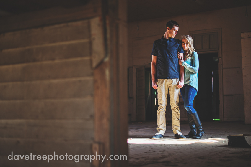 grand_rapids_photographers_engagement_session_12