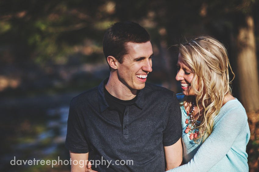 grand_rapids_photographers_engagement_session_17