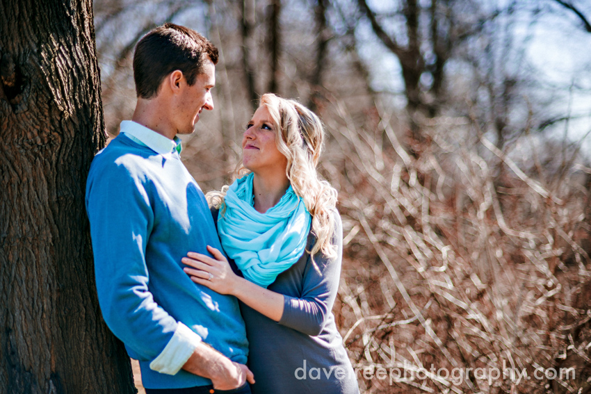 grand_rapids_photographers_engagement_session_21