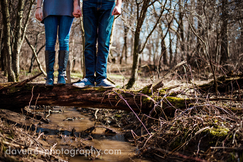 grand_rapids_photographers_engagement_session_25