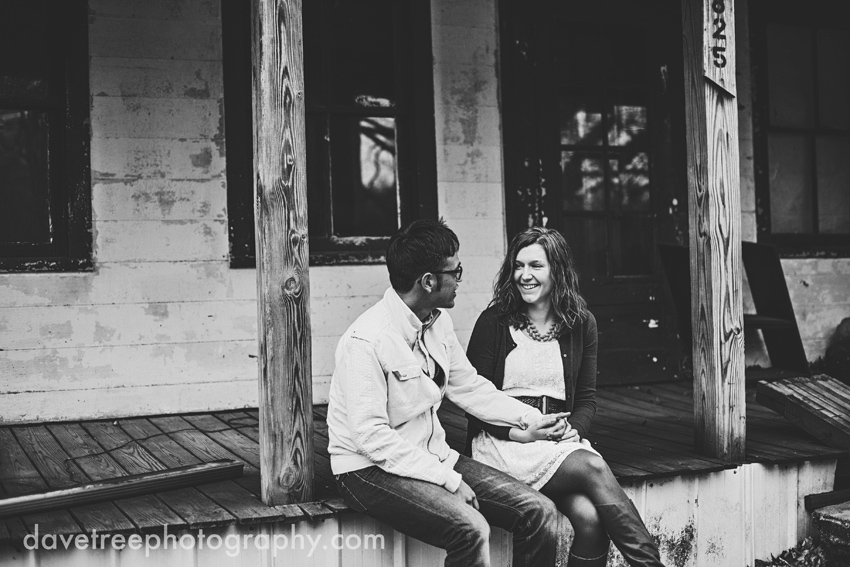 kalamazoo_engagement_photographers_kalamazoo_photographers_13