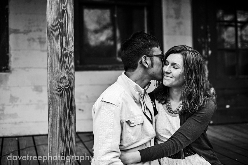 kalamazoo_engagement_photographers_kalamazoo_photographers_14