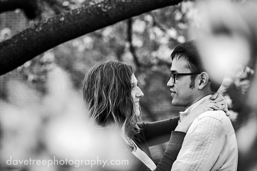 kalamazoo_engagement_photographers_kalamazoo_photographers_28
