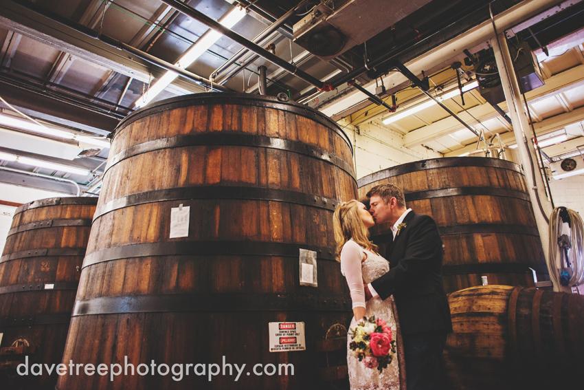 bells_brewery_wedding_kalamazoo_wedding_photographers_07