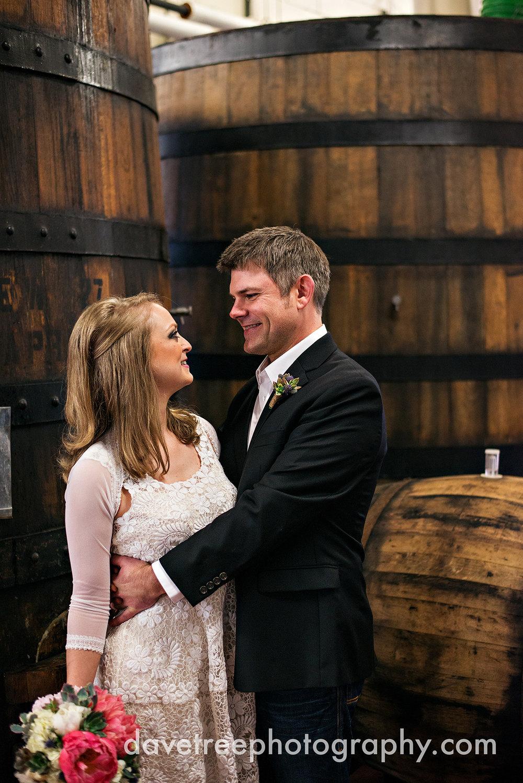 bells_brewery_wedding_kalamazoo_wedding_photographers_10