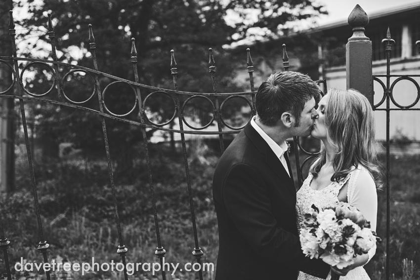 bells_brewery_wedding_kalamazoo_wedding_photographers_18