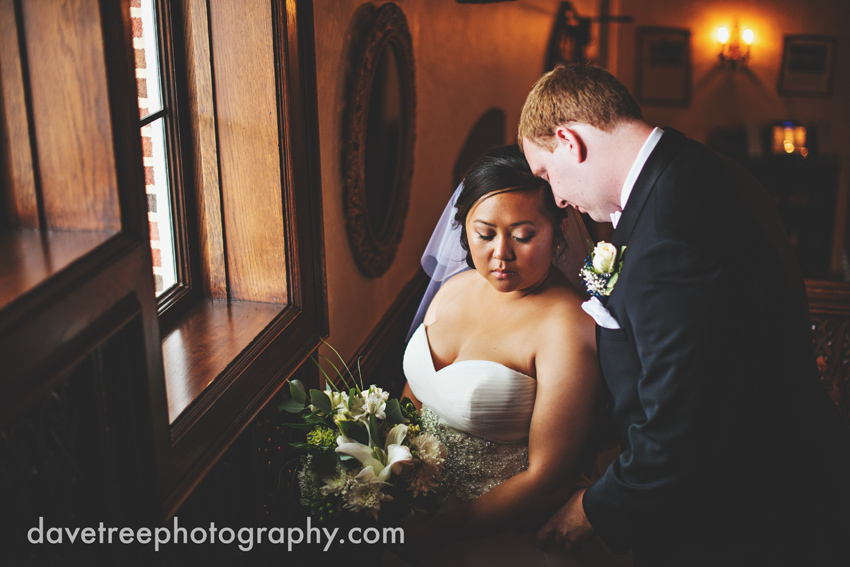 kellogg_manor_house_wedding_kalamazoo_wedding_photographers_hickory_corners_wedding_11