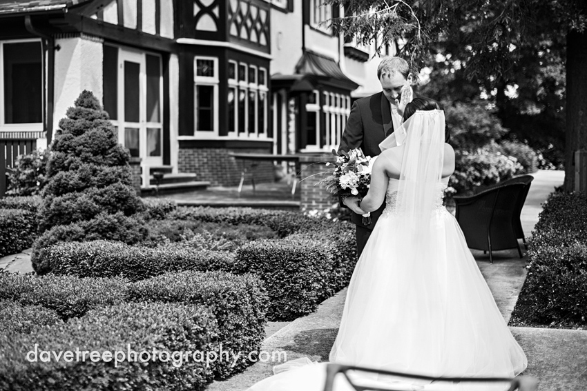 kellogg_manor_house_wedding_kalamazoo_wedding_photographers_hickory_corners_wedding_113