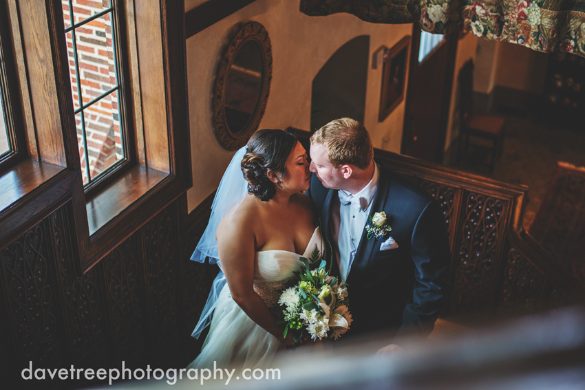 kellogg_manor_house_wedding_kalamazoo_wedding_photographers_hickory_corners_wedding_17