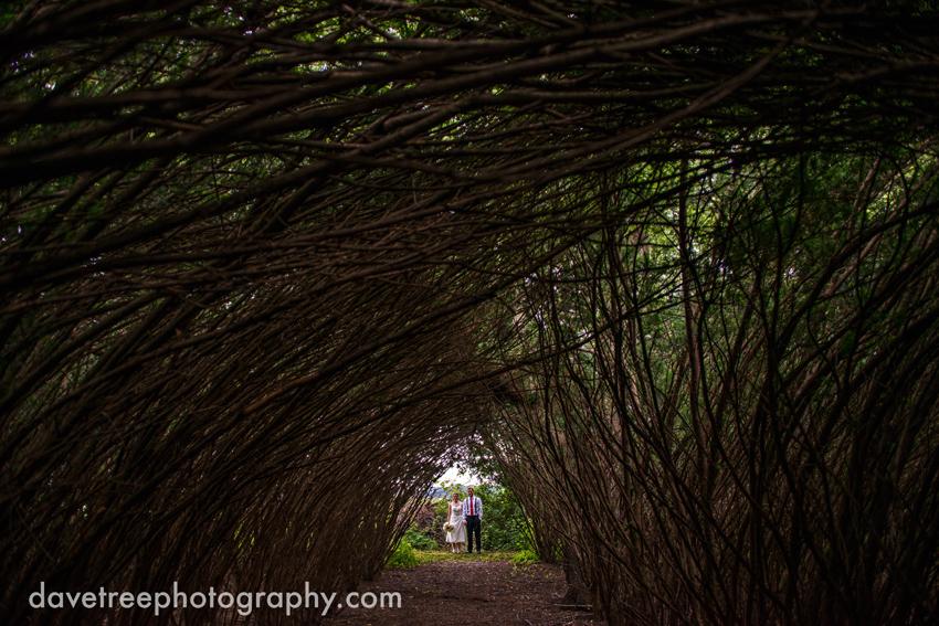 intimate_family_estate_wedding_gull_lake_photographers_15