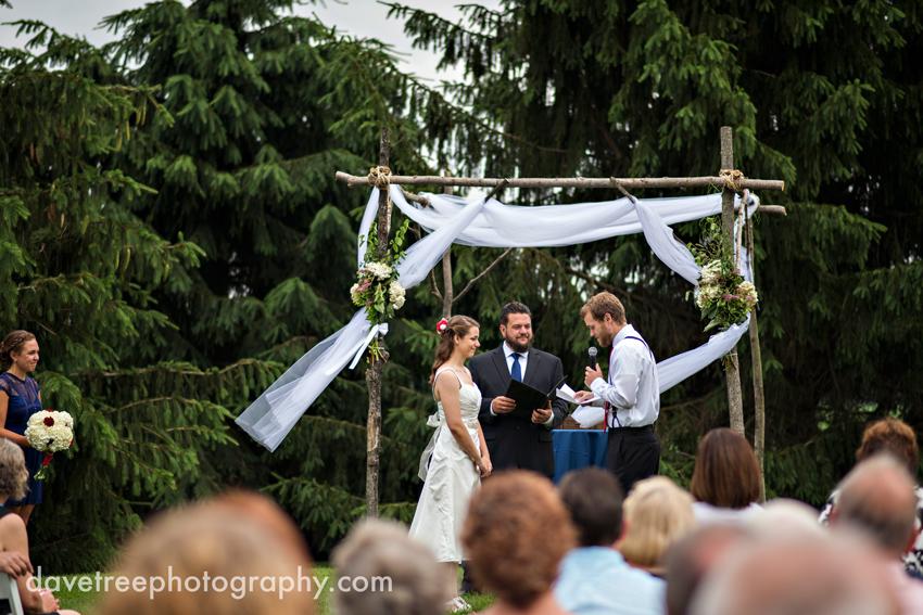 intimate_family_estate_wedding_gull_lake_photographers_18