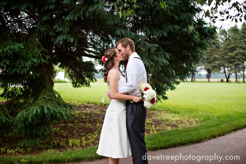 intimate_family_estate_wedding_gull_lake_photographers_89