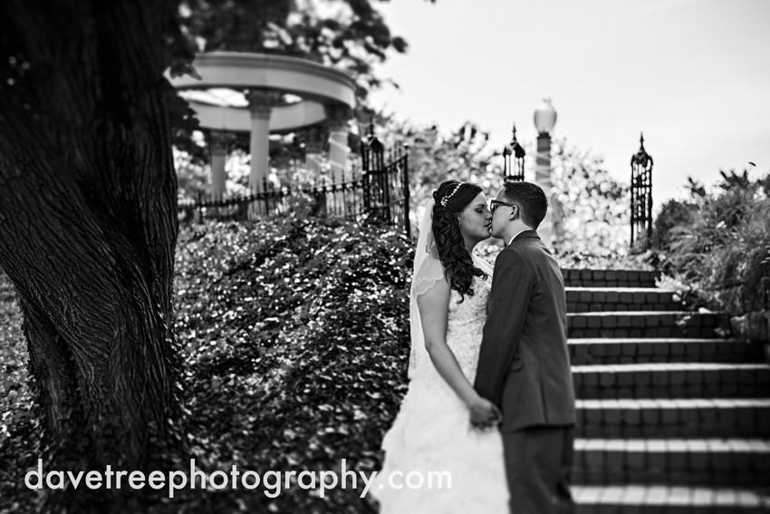 henderson_castle_wedding_photographers_kalamazoo_wedding_photographers_33