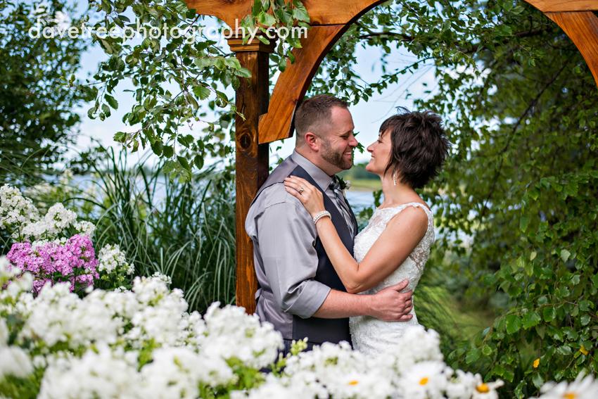 island_garden_wedding_coldwater_wedding_photographer_island_weddings_18