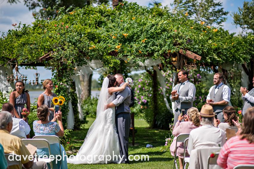 island_garden_wedding_coldwater_wedding_photographer_island_weddings_36