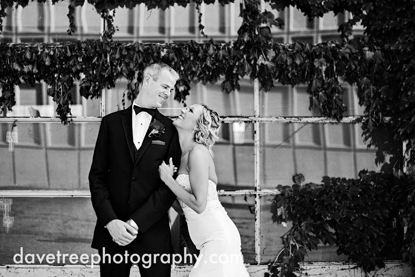kalamazoo_wedding_photographers_cityscape_weddings_cityscape_wedding_photographers_11