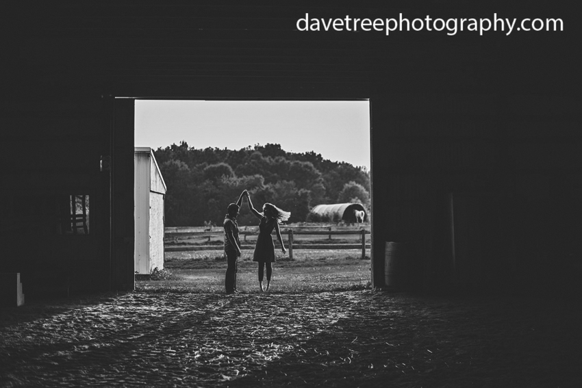 natural-light-bohemian-feel-summer-farm-kalamazoo-engagement-photography-72