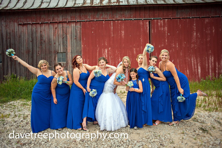 detroitlionsinspiredweddingsaginawmichiganweddingphotographers102