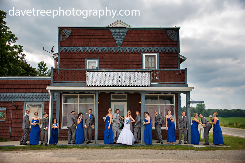 detroitlionsinspiredweddingsaginawmichiganweddingphotographers105