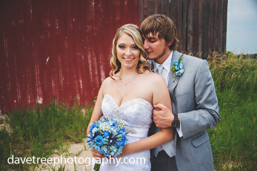 detroitlionsinspiredweddingsaginawmichiganweddingphotographers16