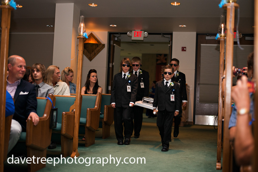 detroitlionsinspiredweddingsaginawmichiganweddingphotographers27