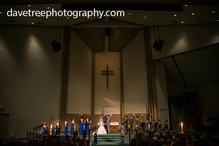 detroitlionsinspiredweddingsaginawmichiganweddingphotographers30
