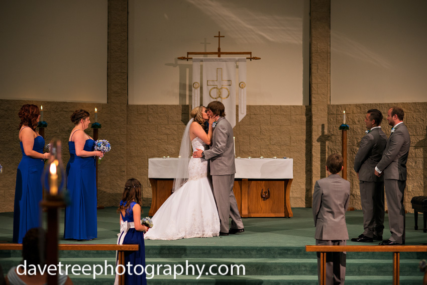detroitlionsinspiredweddingsaginawmichiganweddingphotographers31